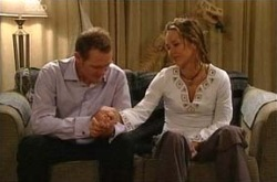 Max Hoyland, Steph Scully, Dino in Neighbours Episode 4307
