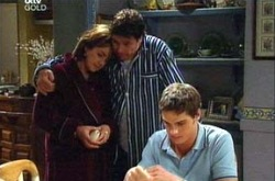 Lyn Scully, Joe Scully, Jack Scully in Neighbours Episode 4331