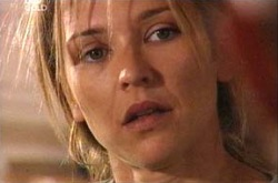 Steph Scully in Neighbours Episode 4332