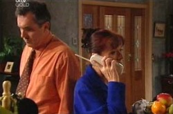 Susan Kennedy, Karl Kennedy in Neighbours Episode 4333