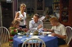 Summer Hoyland, Izzy Hoyland, Max Hoyland, Boyd Hoyland in Neighbours Episode 4333
