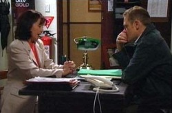 Susan Kennedy, Max Hoyland in Neighbours Episode 4333