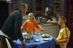 Max Hoyland, Boyd Hoyland, Summer Hoyland in Neighbours Episode 4333