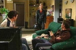 Joe Scully, Steph Scully, Jack Scully in Neighbours Episode 4337