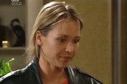 Steph Scully in Neighbours Episode 4337