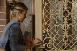 Izzy Hoyland in Neighbours Episode 4338