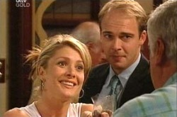 Izzy Hoyland, Tim Collins, Lou Carpenter in Neighbours Episode 4338