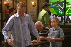 Max Hoyland, Summer Hoyland in Neighbours Episode 4339