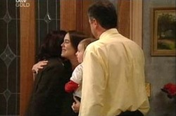 Susan Kennedy, Libby Kennedy, Ben Kirk, Karl Kennedy in Neighbours Episode 4339