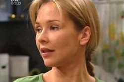 Steph Scully in Neighbours Episode 4340