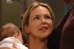 Lyn Scully, Steph Scully, Oscar Scully in Neighbours Episode 4340