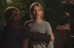 Lyn Scully, Steph Scully in Neighbours Episode 4341