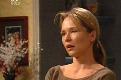Steph Scully in Neighbours Episode 4341