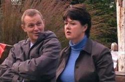 Max Hoyland, Andrea Jeffries in Neighbours Episode 4341