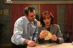 Karl Kennedy, Susan Kennedy in Neighbours Episode 4344