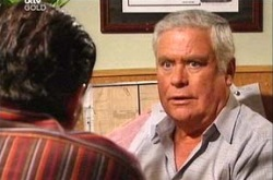 Rocco Cammeniti, Lou Carpenter in Neighbours Episode 4378