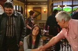 Rocco Cammeniti, Carmella Cammeniti, Lou Carpenter in Neighbours Episode 4378