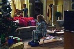 Boyd Hoyland, Summer Hoyland in Neighbours Episode 4394