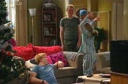 Boyd Hoyland, Max Hoyland, Summer Hoyland, Steph Scully in Neighbours Episode 4394