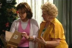 Valda Sheergold, Lyn Scully in Neighbours Episode 4394