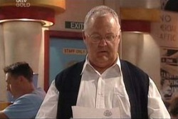 Harold Bishop in Neighbours Episode 4424