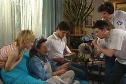 Sindi Watts, Lyn Scully, Jack Scully in Neighbours Episode 4424