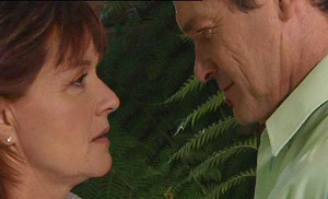 Susan Kennedy, Tom Scully in Neighbours Episode 4509