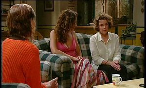Susan Kennedy, Liljana Bishop, Lyn Scully in Neighbours Episode 4516