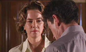 Lyn Scully, Tom Scully in Neighbours Episode 4516