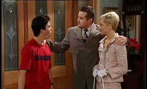 Sindi Watts, Stingray Timmins, Toadie Rebecchi in Neighbours Episode 4516
