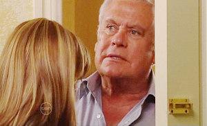 Lou Carpenter in Neighbours Episode 4811