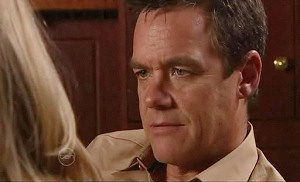 Paul Robinson in Neighbours Episode 4812