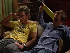 Ned Parker, Stuart Parker in Neighbours Episode 4895