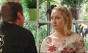 Janelle Timmins in Neighbours Episode 4935
