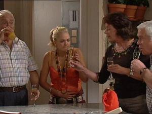 Harold Bishop, Sky Mangel, Mishka Schneiderova, Lou Carpenter in Neighbours Episode 4998