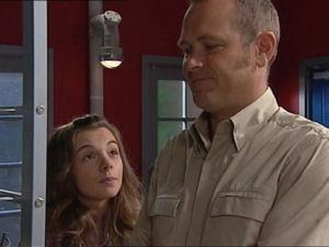 Summer Hoyland, Max Hoyland in Neighbours Episode 4998