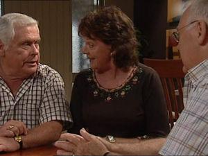 Lou Carpenter, Mishka Schneiderova, Harold Bishop in Neighbours Episode 4998