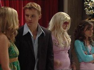 Janae Timmins, Boyd Hoyland, Bree Timmins, Summer Hoyland in Neighbours Episode 4998
