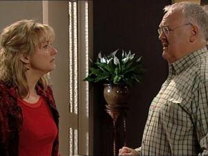 Harold Bishop, Janelle Timmins in Neighbours Episode 5066
