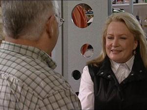 Harold Bishop, Loris Timmins in Neighbours Episode 5066