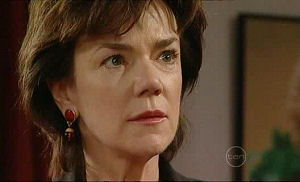 Lyn Scully in Neighbours Episode 5098