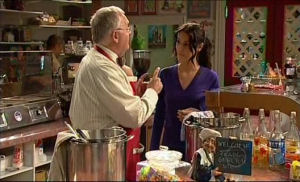 Harold Bishop, Carmella Cammeniti in Neighbours Episode 5104