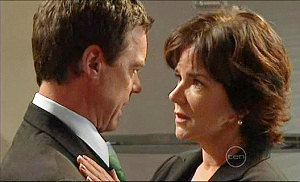 Paul Robinson, Lyn Scully in Neighbours Episode 5104