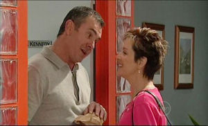 Karl Kennedy, Susan Kennedy in Neighbours Episode 5108