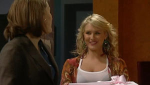 Rosie Cammeniti, Pepper Steiger in Neighbours Episode 5127