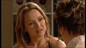 Steph Scully, Susan Kennedy in Neighbours Episode 5132