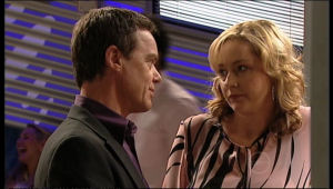 Janelle Timmins, Paul Robinson in Neighbours Episode 5133