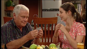 Lou Carpenter, Louise Carpenter (Lolly) in Neighbours Episode 5136