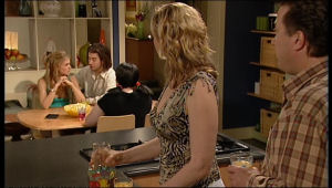 Janae Timmins, Dylan Timmins, Bree Timmins, Janelle Timmins, Allan Steiger in Neighbours Episode 5136