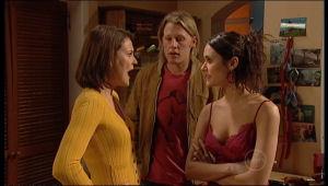 Rosie Cammeniti, Oliver Barnes, Carmella Cammeniti in Neighbours Episode 5142